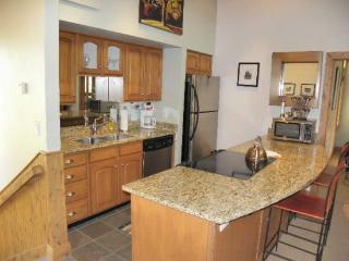 Crescent Ridge 1461-2 Bedroom Condo, Newly Remodeled, Quiet Location, Park City