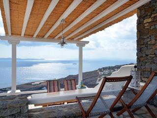 Villa Kelly  Amazing View  5 people, Tourlos