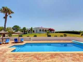 Villa Matcar with heated pool