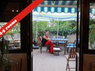 Best Stay in Old Bucharest :140m2, nice terrace