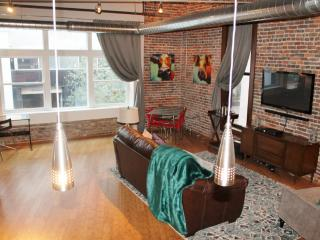 Downtown Nashville Loft!