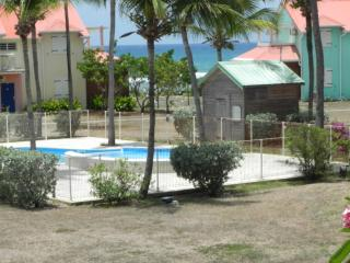 T3 vue mer belle residence acces direct plage
