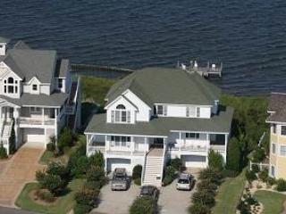 Soundfront 5BR with hot tub on deck - Ballast Point #35, Manteo
