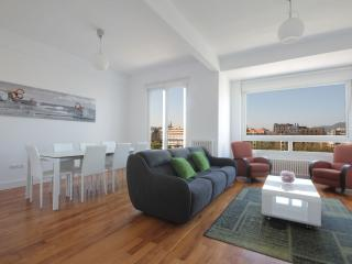 Wonderful views 2 min from beach+PARKING+WIFI, Donostia-San Sebastián