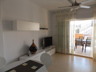 PTO11- 2 Bed Modern Apartment, Near Beach, El Faro, Puerto de Mazarron