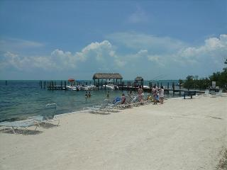 No dockage allowed. Florida Keys. Beautiful condo. Short walk to the beach area.