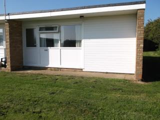 Charming, roomy Chalet 122 rent/hire, Hemsby