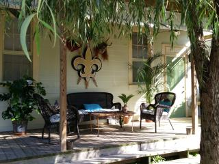 HISTORIC BYWATER VACATION HOME - NEW ORLEANS, New Orleans