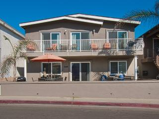 111 A 42nd Street- 2 Bedroom 1 Bath, Newport Beach