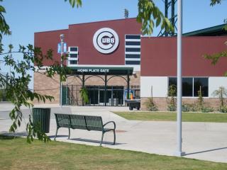 Spring Training condo only one block from Cub Stadium