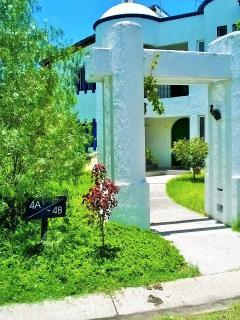 acceso a la villa