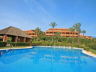 2 bed apartment, Benatalya, Benahavis (1673)