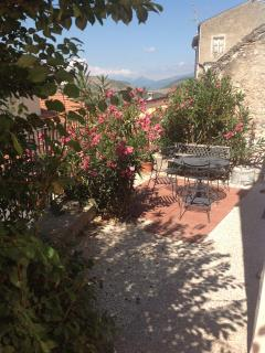 Side terrace, barbeque area, with views of Gran Sasso mountains in the distance
