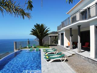 Ocean Cliff Villa, Ponta do Sol