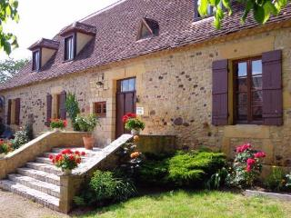Le Grand Reve - Beautifully restored Country House with pool 5 bedroom gite
