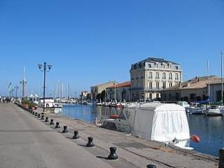 Marseillan, vacation rentals France