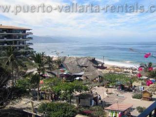 Plaza Mar 506 On  Los Muertos beach, Puerto Vallarta
