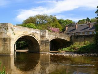 Riverside Cottage - Character Holiday Home, Alnwick