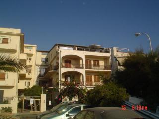 Appartamenti in villa fronte mare e pineta sottost, Grado Pineta