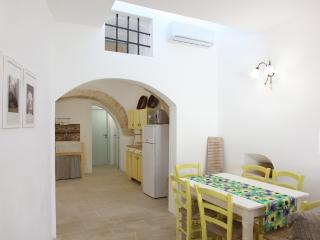 Cucina e zona pranzo interna