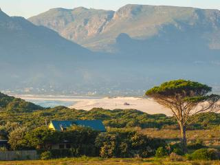 Kommetjie Villa, Klein Slangkop Private Beachfront Estate