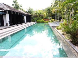2 Bedrooms Apartment (BTGC11), Phuket