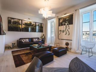 Modern 2 BR in the best part of Biarritz - parking