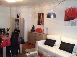 New on Flipkey! apartment near Liege Center, Lieja