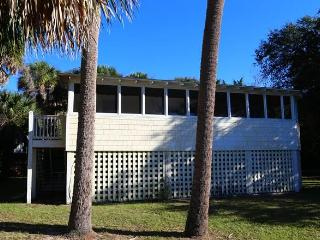 "1307 Chancellor St - ""Dog Days"", Isola Edisto"