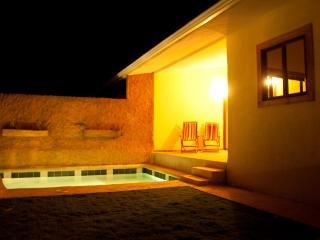 Casa Piscina in the heart of Santa Teresa  VIP