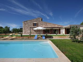 Holiday villa with pool in Buger, Mallorca, 344
