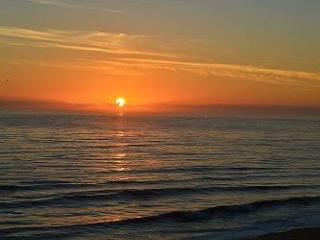 Cinnamon Beach Sunset View - Unit 1042!! Sleeps 8 and Pet Friendly!!, Palm Coast