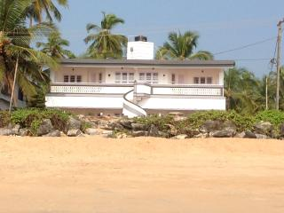SunFun Beach House, Kannur