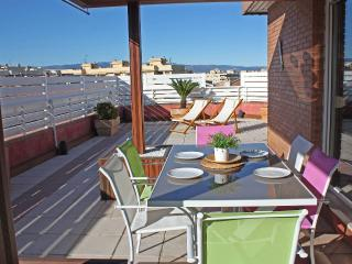 Top floor apartment with terrace+air conditioning, Salou
