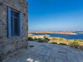 An Amazing Stone Villa A in Serifos