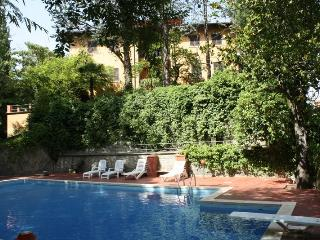 Villa la Nussa bed and breakfast 1