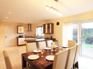 Exclusive 4 bed  - Sleeps 8