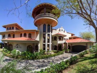 Casa de los Congos- Luxury 5 Bedroom Ocean View Estate