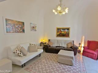 L2 |FK Loft design furnished in the center Catania