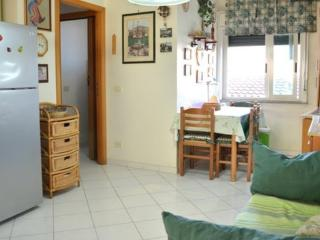 Lovely apartment 1 min from beach, Roccalumera