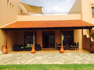 The palmyra Villa- 5 star 3 bedroom Villa in Kenya