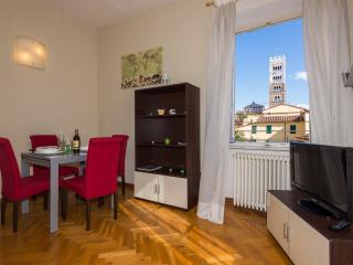 Apartment Raffaello  - Residence il Duomo -, Lucca