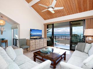 Unit 34 Ocean Front Prime Luxury 2 Bedroom, Lahaina