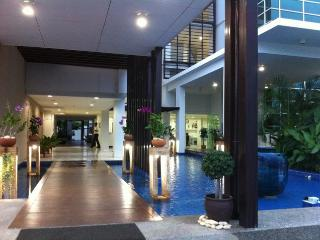 Tira Tirra - Top Floor Hua Hin City Condo Close to Night Market