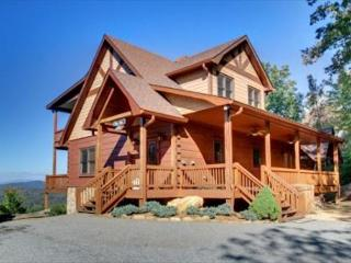 AWESOME LONG RANGE MTN VIEW, HOT TUB, WOOD BURNING FIREPLACE, POOL TABLE, Mineral Bluff