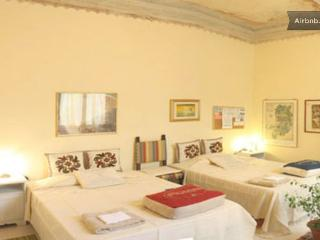 COZY ROOM WITH BREAKFAST +TOUR+COURSES, Bagno a Ripoli