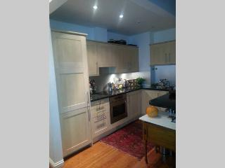 Beautiful & Spacious 1 Bed Flat in Chelsea/Fulham, London