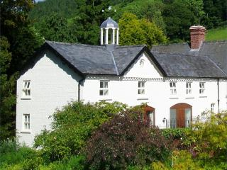 Forest Keep, Newtown, Mid Wales SY16 4DW. Superfast fibre WiFi