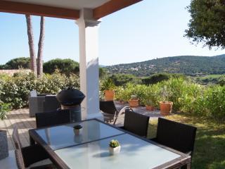 T2 de 45m2 belle vue, expo sud, terrasse, jardin!