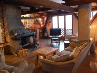 Sharples guest house- from £299.00 per person, per week. Catered chalet, Montalbert